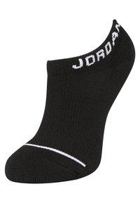 Jordan - JUMPMAN NO-SHOW 3 PACK - Trainer socks - black/white/gym red - 2