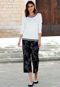 Alba Moda - Trousers - schwarz,off-white - 3