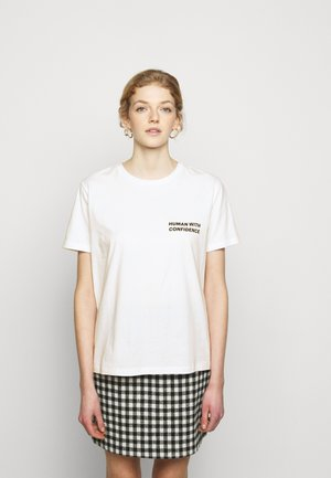 CONFIDENCE THINKTWICE - Print T-shirt - bright white