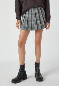 PULL&BEAR - A-snit nederdel/ A-formede nederdele - mottled grey - 0