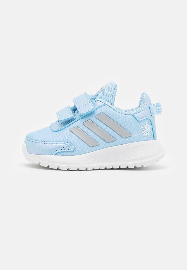 TENSAUR RUN UNISEX - Chaussures de running neutres - clear sky/silver metallic