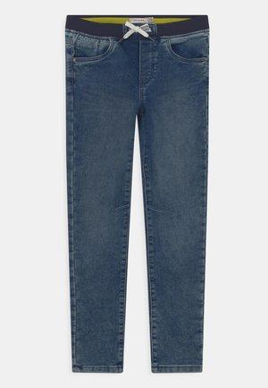KID CARROT - Jeans slim fit - medium blue