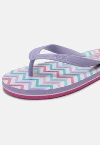 Levi's® - SOUTH BEACH UNISEX - T-bar sandals - lilac - 6