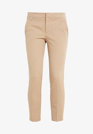 LYCETTE PANT - Pantalones - birch tan