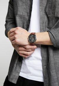 Fossil - NEUTRA - Chronograph watch - braun - 0