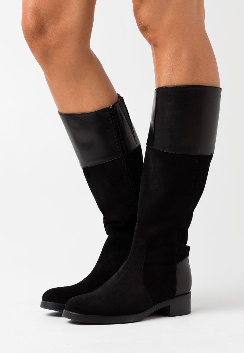 WONDERS - Boots - nero