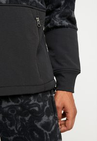 The North Face - RAGE CLASSIC  - Sweat polaire - asphalt grey - 5