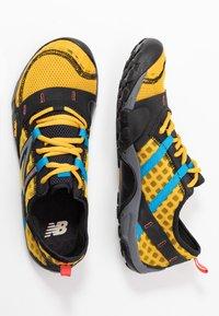 New Balance - MINIMUS - Obuwie do biegania neutralne - yellow - 1