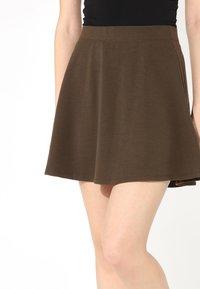 Tezenis - SKATER - Pleated skirt - military green - 3