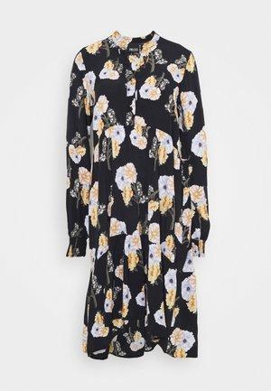 PCNADI DRESS - Korte jurk - black