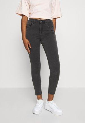 VMSEVEN SHAPE UP  - Jeans Skinny Fit - dark grey denim
