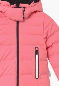Reima - WAKEN UNISEX - Snowboard jacket - bubblegum pink - 3