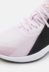 Nike Performance - AIR MAX BELLA TR 3 - Treningssko - light violet/metallic copper/black/light arctic pink/white - 5