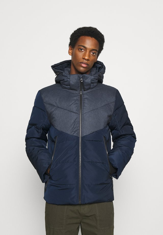 HEAVY PUFFER JACKET - Zimní bunda - sky captain blue