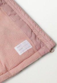 Mango - GEWATTEER MET IMITATIEBONT - Winter coat - roze - 3