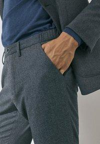 Massimo Dutti - SLIM-FIT - Trousers - grey - 4