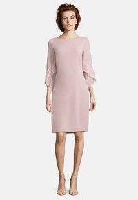 Vera Mont - MIT PLISSEE - Cocktail dress / Party dress - cloud rose - 0