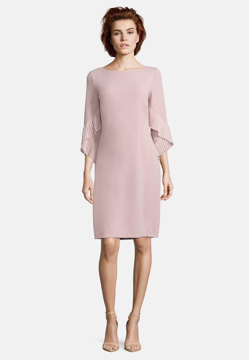 Vera Mont - MIT PLISSEE - Cocktail dress / Party dress - cloud rose