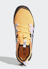 adidas Performance - TERREX SPEED LD TRAIL RUNNING SHOES - Obuwie do biegania Szlak - gold - 2