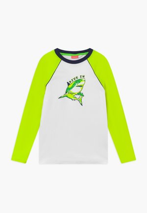 BOYS  SHARK LONG SLEEVE - Rash vest - white