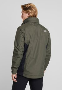 The North Face - EVOLUTION II TRICLIMATE 2-IN-1 - Hardshelljacka - new taupe green/black - 3