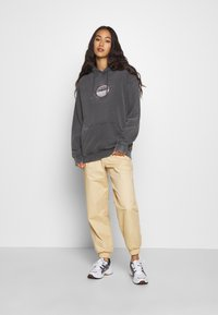NEW girl ORDER - PLANET WASHED HOODY - Mikina s kapucí - grey - 1