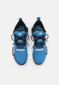 adidas Originals - NMD_R1 UNISEX - Trainers - blue - 3