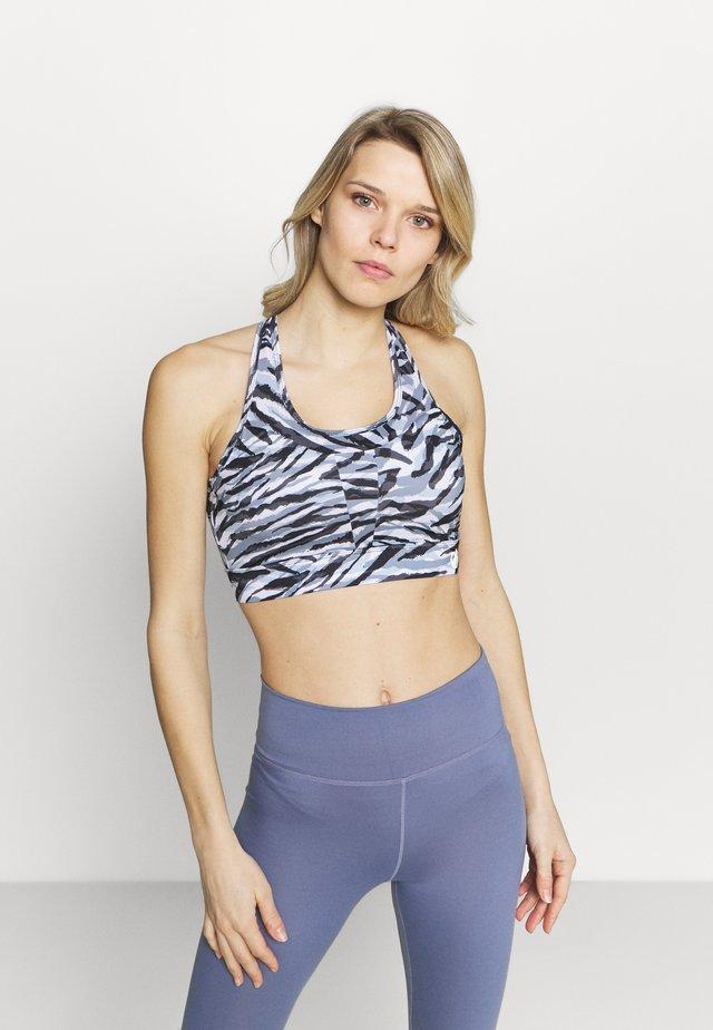 MANTRA BRA - Medium support sports bra - black/white