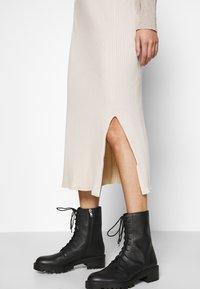 Monki - LOA SKIRT - Pencil skirt - beige - 3