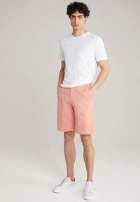 JOOP! Jeans - RUDO - Shorts - puderrosa - 1