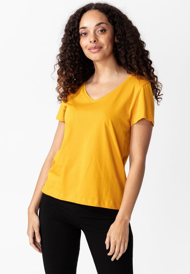 MATHILDA - T-shirts basic - yellow