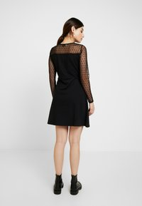Dorothy Perkins Petite - DOBBY FIT AND FLARE DRESS - Jerseykjole - black - 2