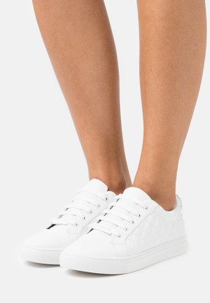 LUDO DRENCH - Zapatillas - white