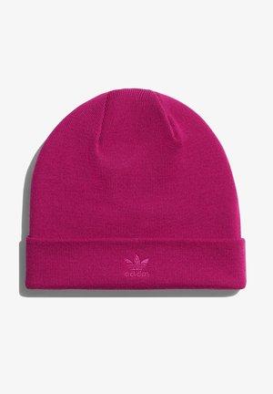 IVY PARK CUT-OFF LOGO BEANIE - Čepice - bold pink