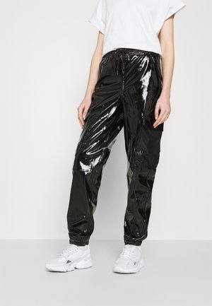 SIGNATURE GLOSSY PANTS - Broek - black