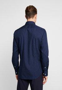 Seidensticker - SLIM FIT - Formal shirt - dark blue - 3