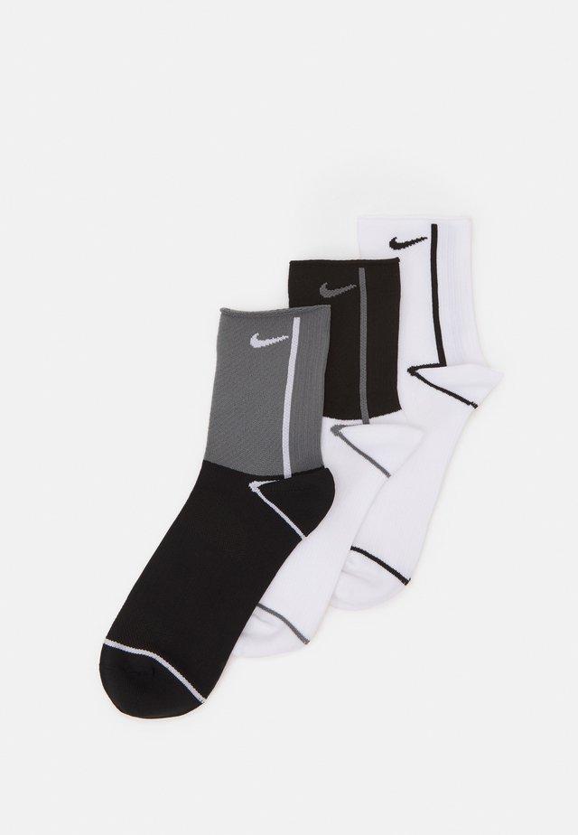 PLUS ANKLE 3 PACK - Chaussettes de sport - multi-color