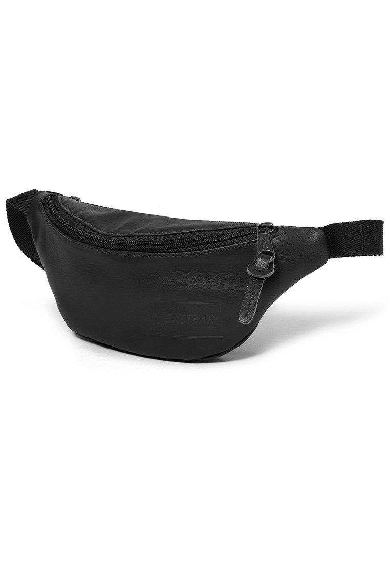Eastpak SPRINGER/LEATHER - Sac banane - black ink leather