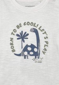 Staccato - SET - Print T-shirt - off-white/khaki - 3