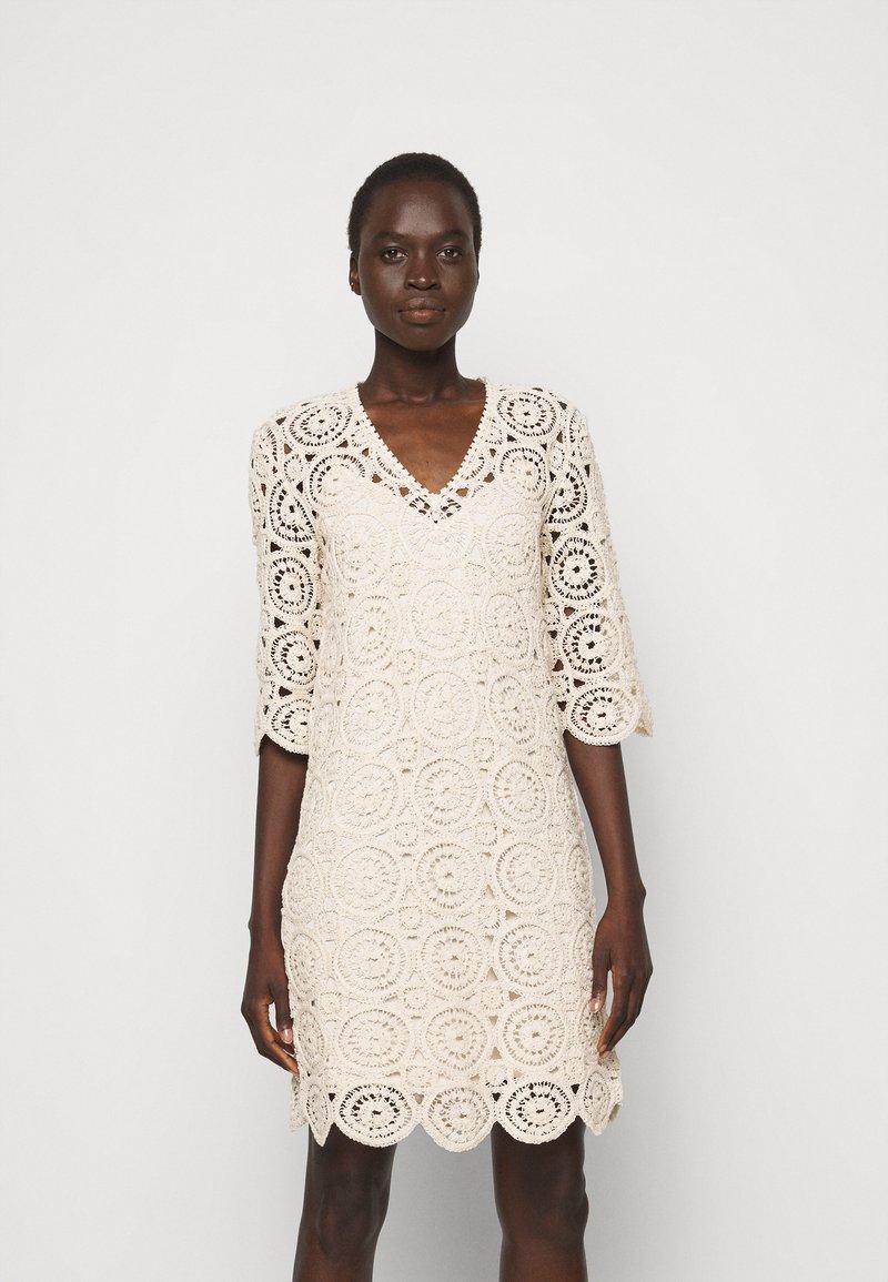 MAX&Co. - DARWIN - Day dress - white
