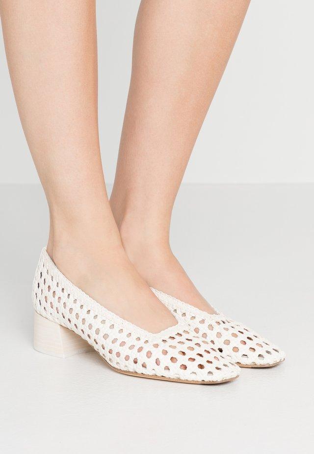 TAISSA - Classic heels - offwhite