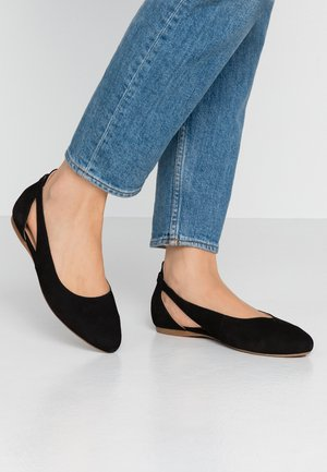 LEATHER BALLERINAS - Ballerines - black