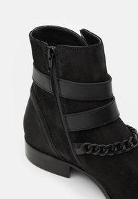 ALDO - EOLOPHUS - Kotníkové boty - open black - 5