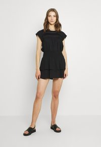 ONLY - ONLNOVA LUX SMOCK  - Falda plisada - black - 1