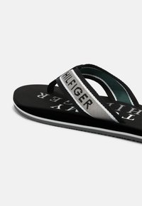 Tommy Hilfiger - MARITIME BEACH  - T-bar sandals - black - 4
