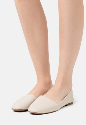 SAMANTHA - Nazouvací boty - bone