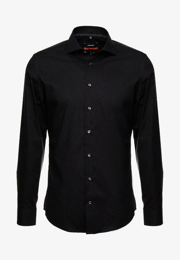 SLIM SPREAD KENT PATCH - Camicia elegante - black