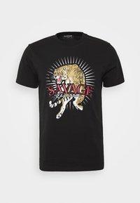 SAVAGE TIGER TEE - Print T-shirt - black