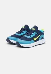 Nike Sportswear - WEARALLDAY UNISEX - Matalavartiset tennarit - midnight navy/volt/baltic blue/white - 1