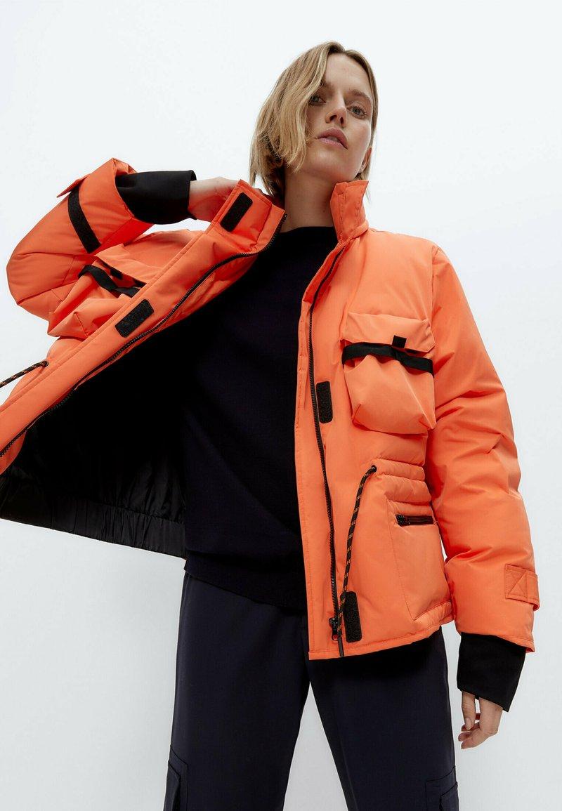 Uterqüe - Down jacket - orange